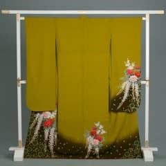 鶸(ヒワ)色 洋花と藤