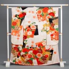 振袖セット / 白/橙 大輪梅と大輪菊 紋入り色紙