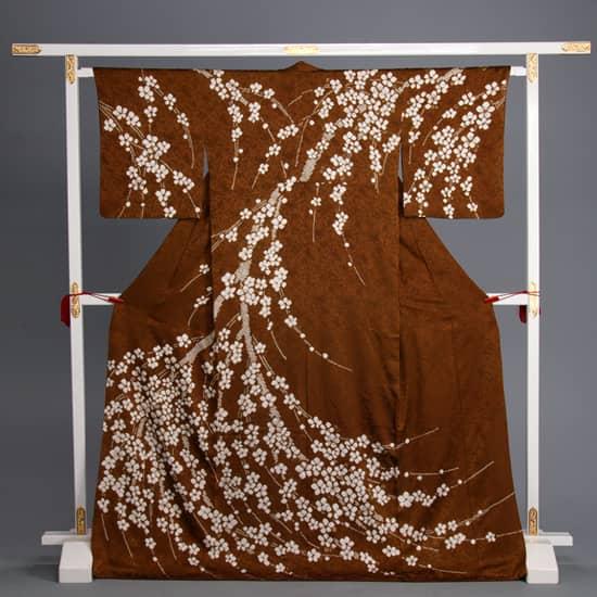 訪問着 茶絞り染め かのこ枝垂桜