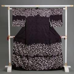 訪問着 なす紺 絞り染め かのこ桜