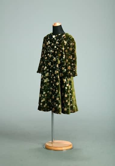 カーキベロア花柄ネッククロスフレアー七分袖