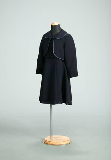 紺ケミカルレースAラインパイピング *紺ムジ丸衿パイピングボレロ付き