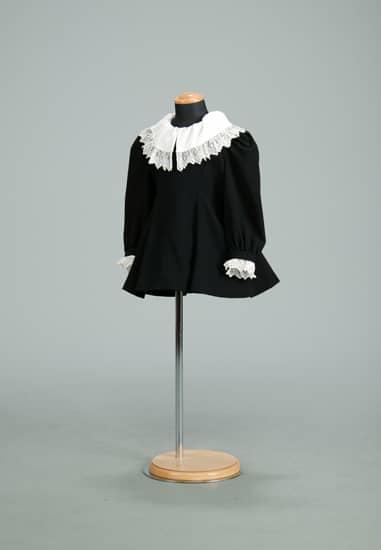 ブラックフォーマルAライン 白袖・白衿取外し (S)