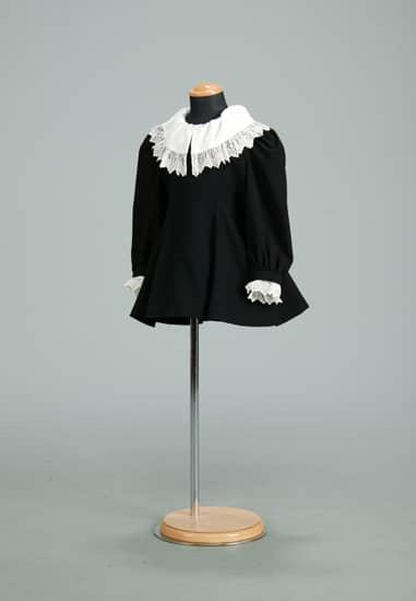 ブラックフォーマルAライン 白袖・白衿取外し(M)