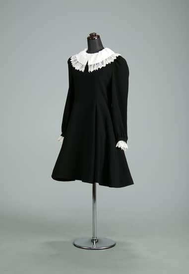 ブラックフォーマルAライン 白袖・白衿取外し(L)