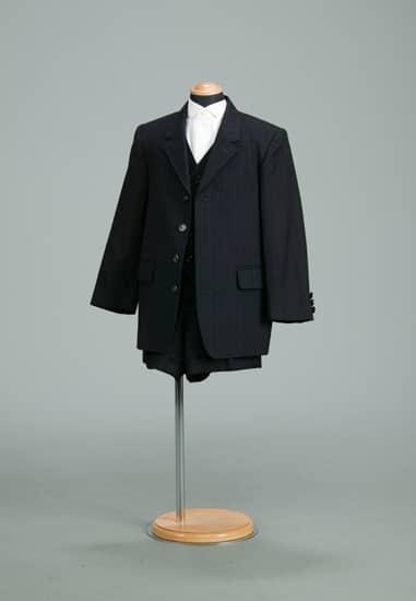 3P 紺/白ストライプテーラードチーフ付き *ベスト・パンツ付き