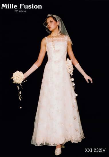 アイボリーチュール/ベージュ刺繍チュールビーズオーバードレス