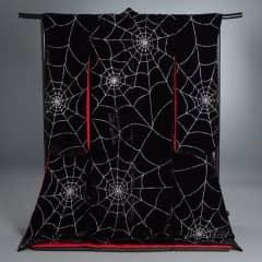 黒地 銀蜘蛛の綱柄