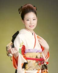 201111 [3枚] 女子振袖