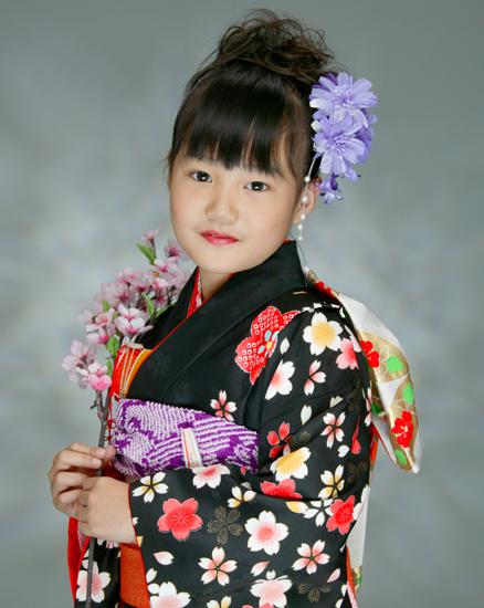 201011 [3枚] 七歳女児