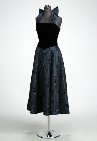 黒ベルベ/紺シャンタン フラワーホルターリボンミモレ
