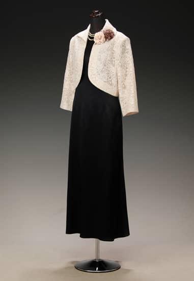 黒サテン胸ラメレース ソフトAライン & ベージュレース衿付 七分袖